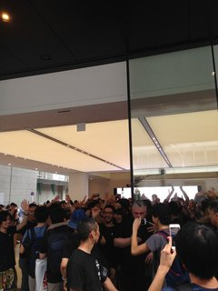 AppleStoreKyoto-Open-1.jpg